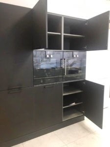 Полноразмерный духовой шкаф и места для хранения - Кухня Eggersmann