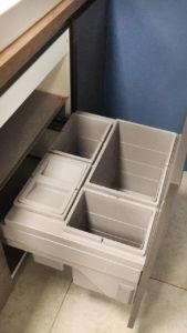 Шкаф под мойку с комплектом для сортировки отходов Nobilia Lux