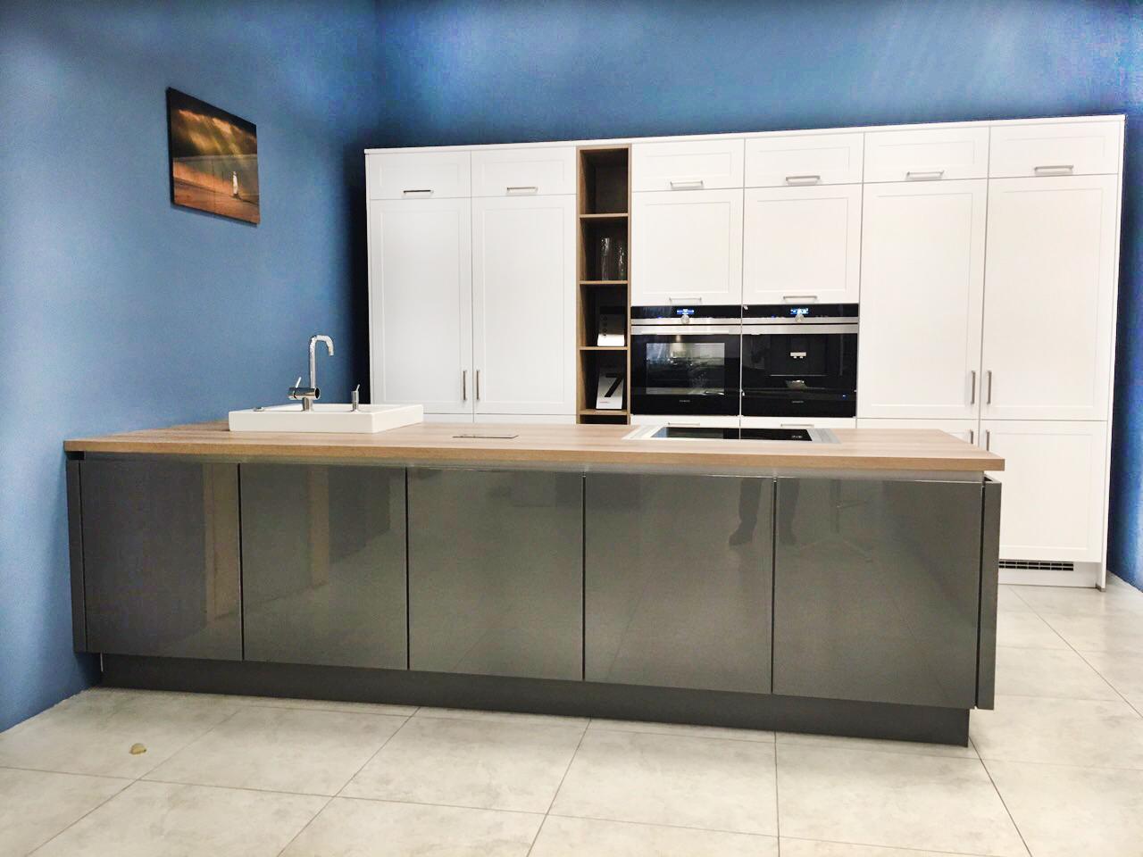 Кухня Nobilia Credo/Lux